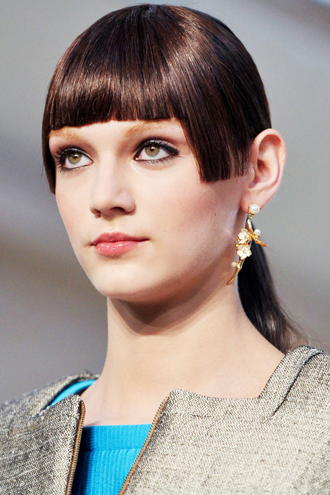 Fall Hairstyles 2012 – Blunt Bangs