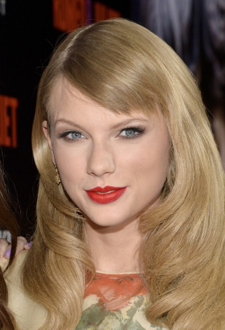 Taylor Swift's New Side Swept Bangs.